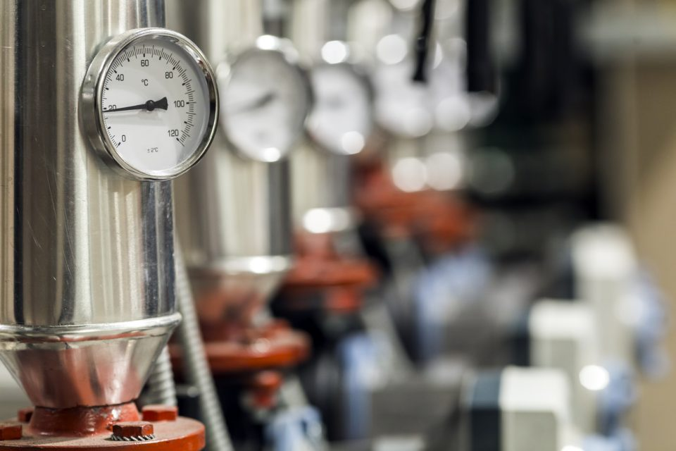 Five Factors to Consider When Choosing a Pressure Controller