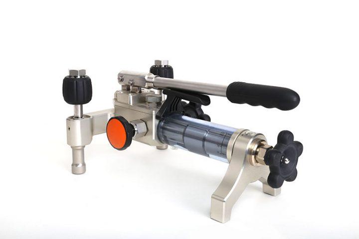 Pressurize Large Volume Workload with the Additel 928 Hydraulic Pressure Test Pump